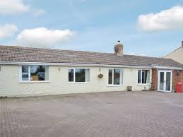 hill bungalow ref 31010 in mumby alford lincolnshire
