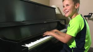 Blind Piano Player Kare11 Com Blind 8 Year Old Pianist Is Country Music Crazy