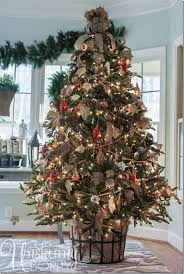 Beautifully Decorated Small Christmas Trees by 60 Christmas Trees Beautifully Decorated To Inspire Beautiful