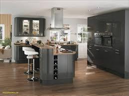 cuisine moderne avec ilot meuble central cuisine inspirant cuisine moderne avec ilot central