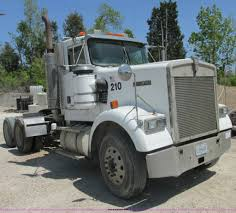 kenworth w900b 1999 kenworth w900b semi truck item e7230 sold may 30 c