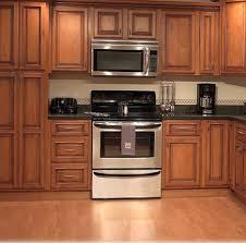 meuble de cuisine en bois choisir des meubles en bois suivant le style de votre cuisine
