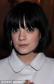 beer and haircuts from the 1920s daisy lowe s new look 1920s style hair bob looks a bit like lily
