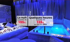 hotel baignoire dans la chambre une chambre d h tel avec grande baignoire en day use hotel