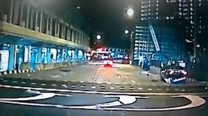 lexus in singapore lexus crashed taxi in singapore rochor bugis youtube