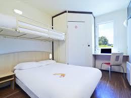 hotel lyon chambre familiale hôtel premiere classe lyon nord genay massieux premiere classe