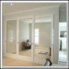 Sliding Glass Closet Door Sliding Mirrored Closet Doors For Bedrooms Gcmcgh