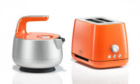 designer toaster australian industrial designer marc newson comes up with unique