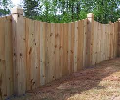 Backyard Fence Styles by Perfect Green Grass Ideas Along With Backyard Fence Ideas And