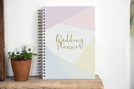 best wedding planner book the best wedding planner books and organizers for 2018 bumps and