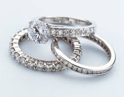 s rings what is a pave setting in the jewelry world