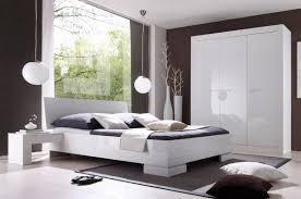 modern bedroom decorating ideas modern bedroom decorating on a budget