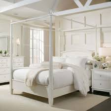 Wall Canopy Bed by King Size Canopy Bed Frame White Black Line Pattern Quilt Large