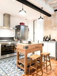 taille moyenne cuisine plan de travail cuisine en zinc racalisation dune cuisine