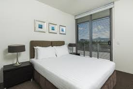 Queen Bed Frames For Sale In Cairns Hotel Cairns Harbour Lights Australia Booking Com
