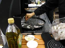 cuisine au barbecue gastronomique la cuisine au barbecue du bruit côté cuisine