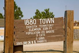South Dakota natural attractions images 4 south dakota tourist attractions worth your time julie jpg