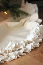 Poinsettia Christmas Tree Skirt 130 Best Tree Skirts Images On Pinterest Christmas Tree Skirts