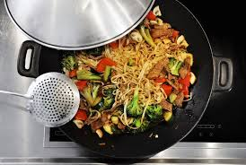 cuisiner wok the 7 best woks to buy in 2018