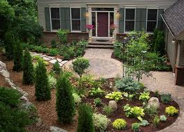 Yard Patio Ideas Home Design by Front Yard Patio I Would Make Brick Patio Larger I Like The Look