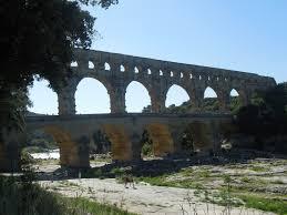 a year in provence le pont du gard roman aqueduct