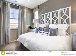 chambre a coucher taupe chambre coucher beige taupe photos de inspirations avec chambre