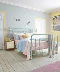 couleurs peinture chambre couleur peinture chambre adulte 25 idées intéressantes