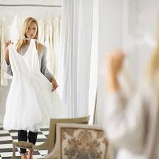 wedding dress shopping going wedding dress shopping don t forget to bring these 3 key