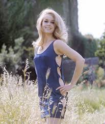 jane fonda 1970 s hairstyle jane fonda in pictures actresses