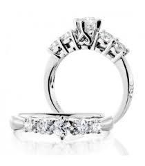 Solitaire Wedding Rings by Exclusive Solitaire Engagement Rings Amoro