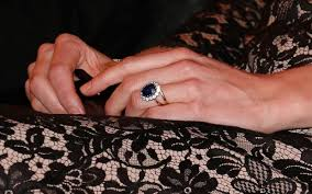 kate engagement ring how much is kate middleton s engagement ring worth today