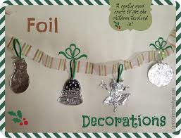 easy christmas crafts 2 foil decorations speech room style