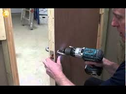 How To Replace Interior Door Knob Tommy U0027s Trade Secrets How To Fit An Interior Door Handle Youtube