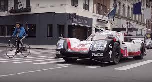 porsche 919 hybrid watch the porsche 919 hybrid racer hit new york city streets carscoops