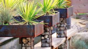 unusual and creative garden planter ideas youtube