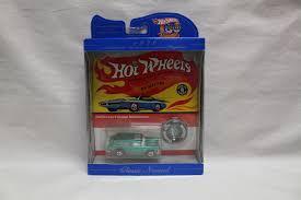 Wheels 30th Anniversary Classic Nomad U002765 Mustang U002757 Chevy