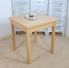 Kleiner Arbeitstisch Ein Runder Esstisch Ist Die Perfekte Lösung Bei Platzmangel Tisch