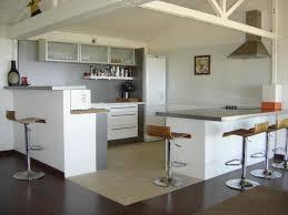 cuisine et salon salon et cuisine amazing cuisine ouverte sur le salon pratique et