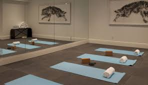 Carpeting For Basements by Fine Carpet Tiles Basement Flooring Thermaldry Floor On Decorating