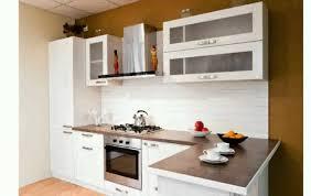 modeles de petites cuisines modernes modèle de cuisine équipée idée de modèle de cuisine