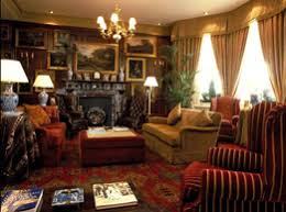 Notes For Students And Fans Of Victorian Decor - Victorian interior design style
