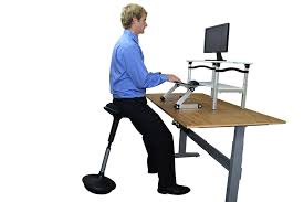 Best Sit To Stand Desk by Best Chair For Sit Stand Desk The Uptrak Metro Pro Spring Lift