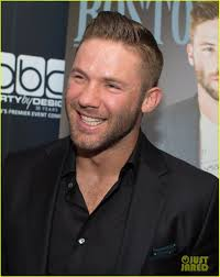 the edelman haircut julian edelman hot guys of super bowl 2017 countdown photo