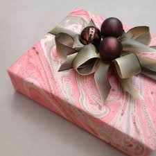 where to buy gift wrap 420 best christmas gift wrapping images on christmas