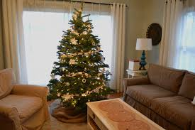 White Christmas Tree With Red And Gold Decorations A Home In The Making Create White And Gold Christmas Tree
