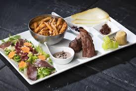assiette de cuisine un des meilleurs restaurants bordeaux le plat dans l assiette