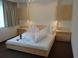 Schlafzimmer Zirbe Schlafzimmer Zirbe Interieurs Inspiration