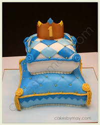 crown pillow cake