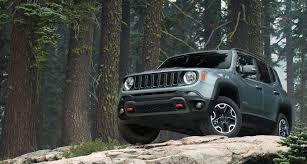 jeep renegade stance 5 ways the jeep renegade sticks out from the crowd