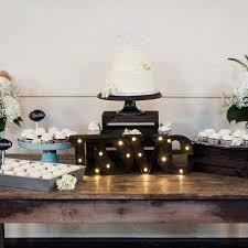 the ultimate wedding cake cheat sheet weddingwire